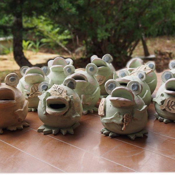 1日陶芸体験「限定!カエルげこげこプラン」