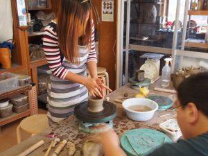 お子さんのお誕生記念に陶芸体験