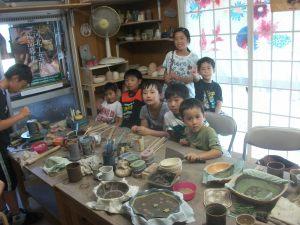 小学生お友達きょうだいで陶芸体験