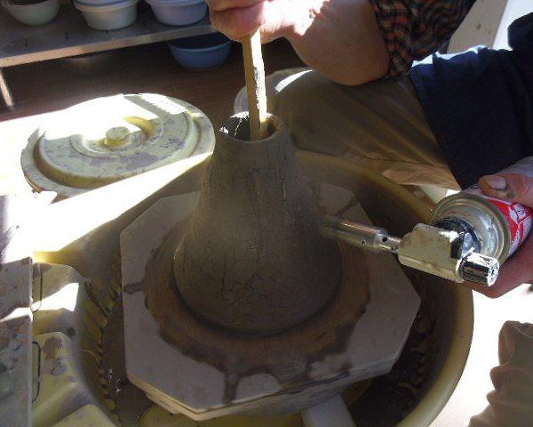 【ロクロ+バーナー】オーダーメイド陶器の制作販売を行っています